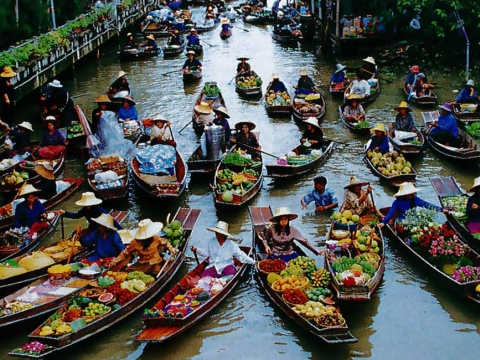 Damnoen Saduak Floating Market Tour