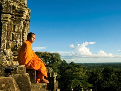 Cambodia Charity Tour