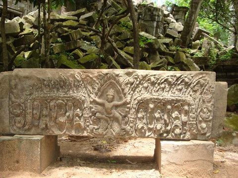 Beng Mealea - Kampong Kleang Tour