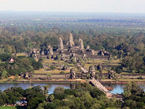 Angkor Wat Helicopter Tour