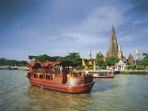 Ayutthaya with River Cruise