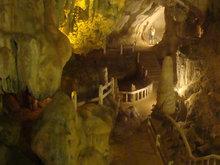 Tham Xang Cave