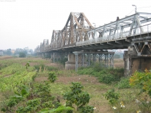Long Bien Bridge