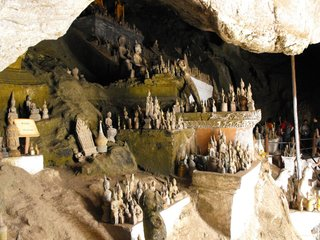 Luang Prabang - Mekong - Pak Ou Caves (B, L)
