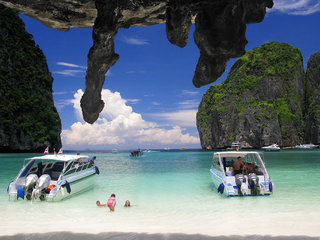 Koh Phi Phi Beach Break