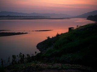 Mekong River - Chiang Khong – 45km (B, L)