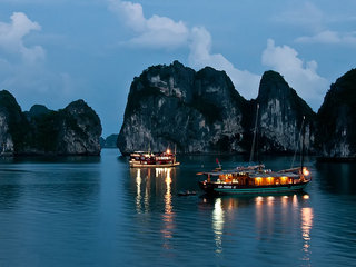 Hanoi – Halong Bay Overnight Cruise (B, L, D)