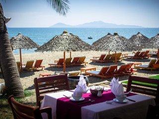 Cua Dai Beach (B)
