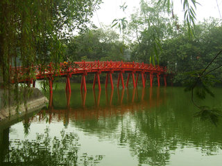 Hanoi City Tour (B, L, D)