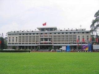 Dalat – Ho Chi Minh (B, L)