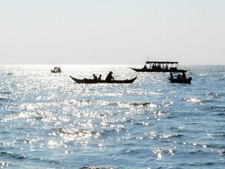 Tonle Sap (B, L)