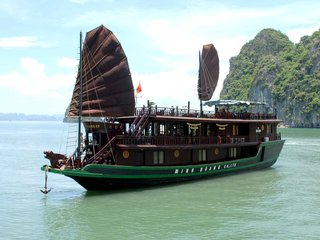 Hanoi - Halong Overnight Cruise (B, L, D)