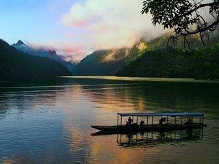 Hanoi – Ba Be Lake (B, L, D)