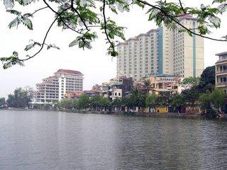 Hanoi - Halong (B, L, D)