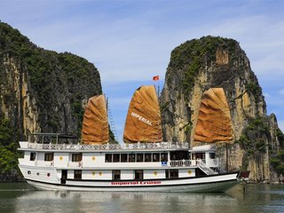 Hanoi – Halong Overnight Cruise (B, L, D)