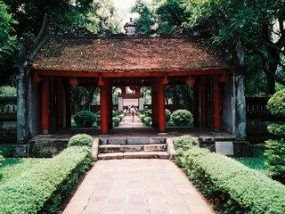 Hanoi City Sight (B, L)