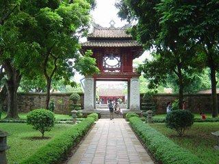 Hanoi arrival - Hue (D)