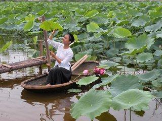 Mai Chau – Hanoi (B, L)