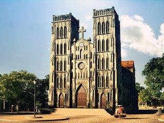 Churches Visit in Hanoi – Sapa (B, L, D)