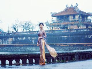 Ninh Binh – Hanoi - Hue (B, L, D)