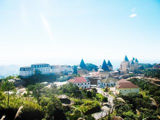 Hoian – Ba Na Hills – Danang – Our Lady of Sao Bien ( B, L, D)