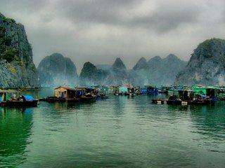 Hanoi – Halong (B, L, D)