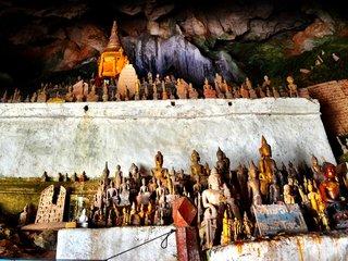 Mekong River - Pak Ou cave - Weaving village (B, L)