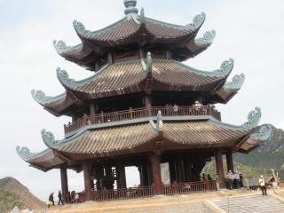 Hanoi – Ninh Binh (B, L)