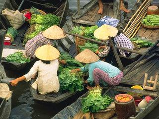 Mekong Delta – Ho Chi Minh (B, L)
