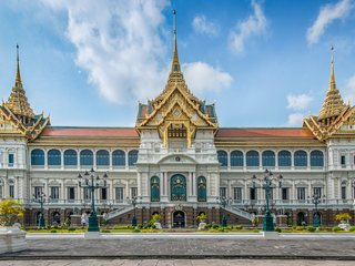 Phnompenh - Bangkok (B, L, D)