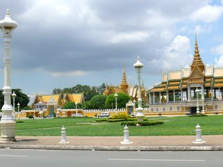 Sihanoukville – Phnom Penh Departure (B)