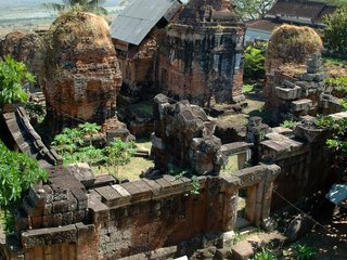 Tonle Bati - Phnom Chisor Temples
