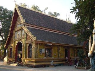 Vientiane – Buddha Park (B, L)