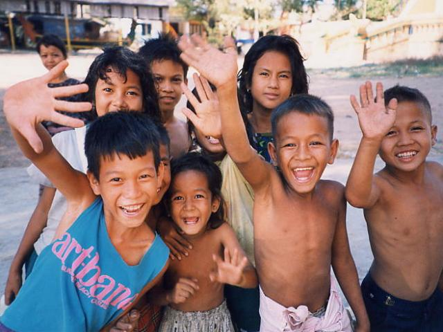 cambodia_friendly_people_0.jpg
