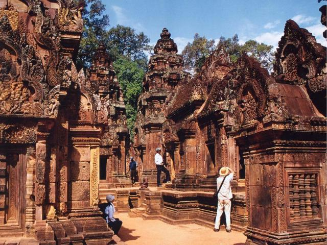 cambodia_tourist_attractions_0.jpg